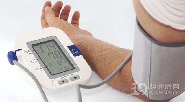 血压-血压计-检查-高血压-低血压_10636644_xxl.jpg
